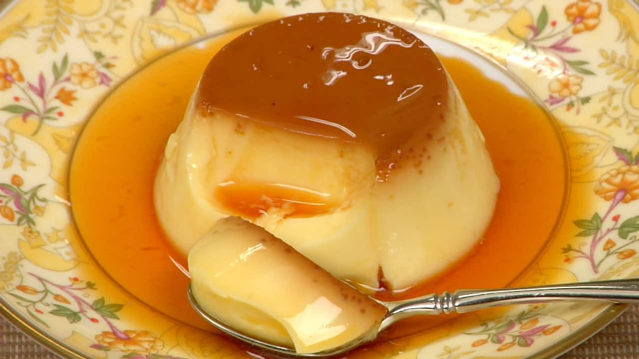 Easy Custard Pudding Recipe (Egg Pudding with Caramel Sauce)