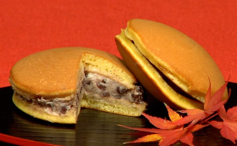 Dorayaki Recipe (Pancakes with Sweet Red Bean Paste)