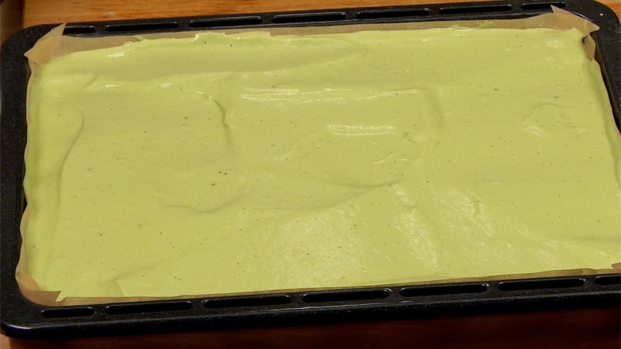How To Bake A Sheet Cake Evenly