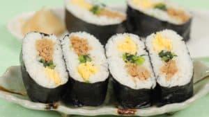 Chicken Soboro Onigirazu Recipe (Onigiri with Tori Soboro and Iri Tamago)