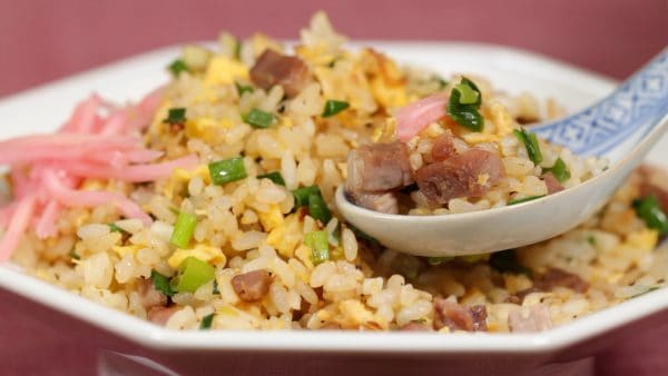 Easy Chahan Recipe (Japanese-style Pork and Egg Fried Rice)