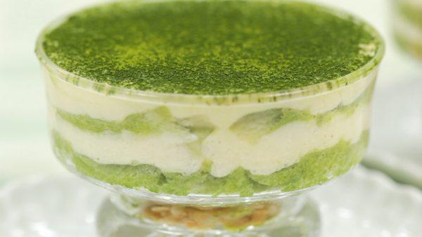 Receta de Tiramisú de Té Verde (Irresistible Pastel Italiano con Matcha SIN Crema Espesa)
