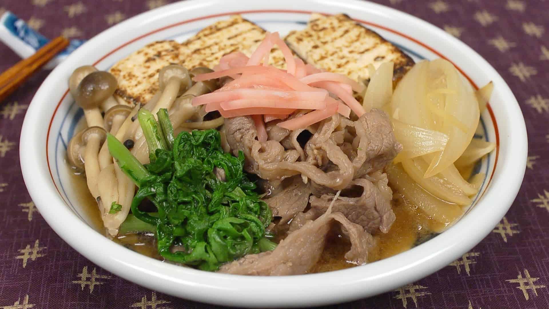 Niku Dofu Recipe (Nutritious Sukiyaki-style Simmered Dish with Beef and Tofu)