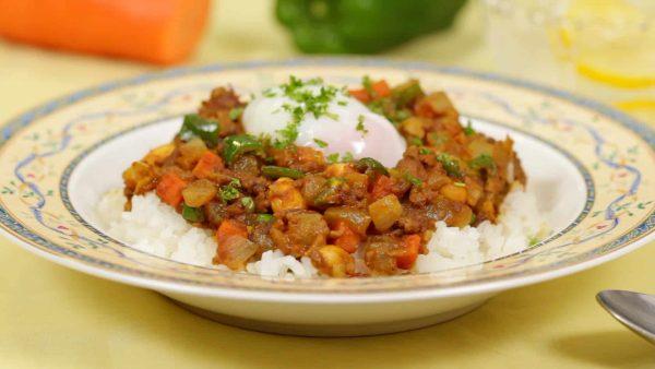 Công thức cà ri đậu khô với thịt xay và rau củ (Cà ri kiểu Nhật không có sốt)