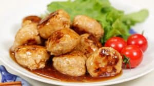 Meatballs with Sweet Vinegar Sauce Recipe (Tender Pork Meatballs with Tofu)