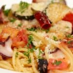 Octopus Tomato Spaghetti Recipe (Savory Sauce and Giant Octopus Pasta with Zucchini)
