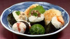 Resep Onigiri (Nasi Kepal ala Jepang dengan Isian yang Lezat)
