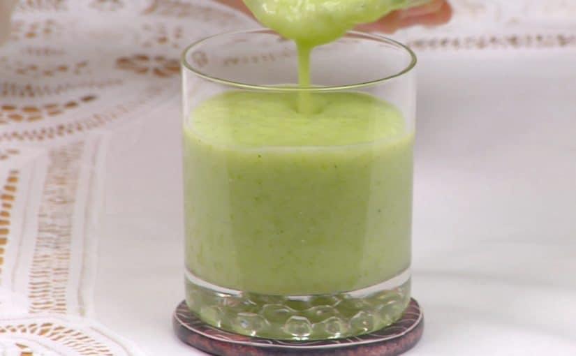 グリーンスムージーの作り方 グレープフルーツとキャベツたっぷりヘルシーレシピ