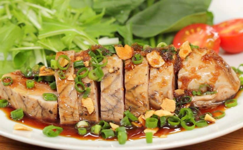 Skipjack Tuna Steak with Japanese-style Sauce and Garlic Chips Recipe (Seasonal Bonito Steak)