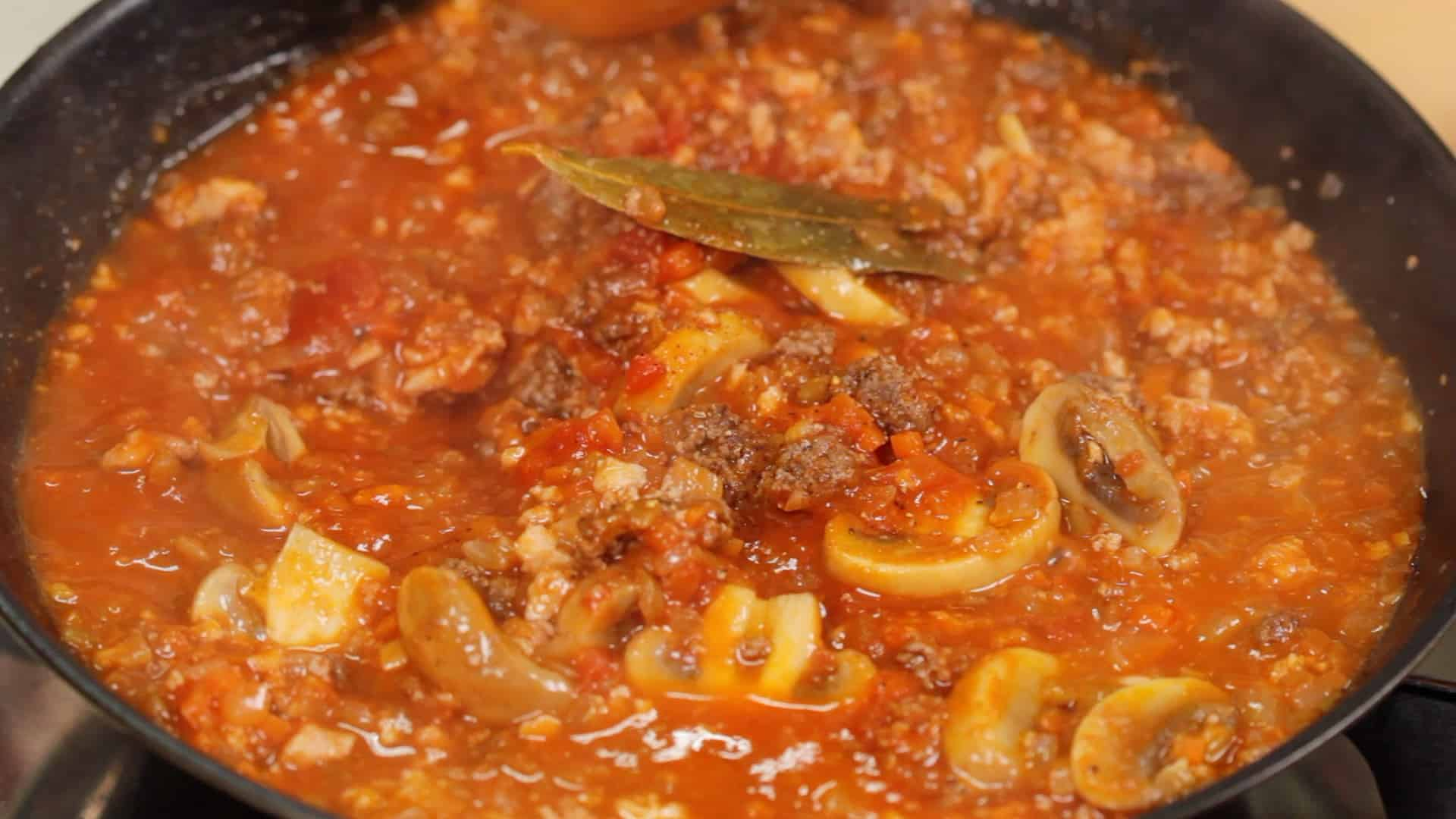 Tomato Meat Sauce Recipe (Low-Carb Meat Sauce with Tofu and Vegetables)